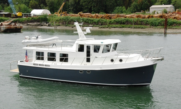 485-06 starboard bow